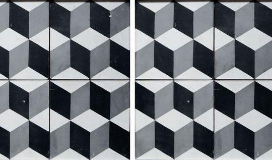 carrelage motif vache. Black Bedroom Furniture Sets. Home Design Ideas
